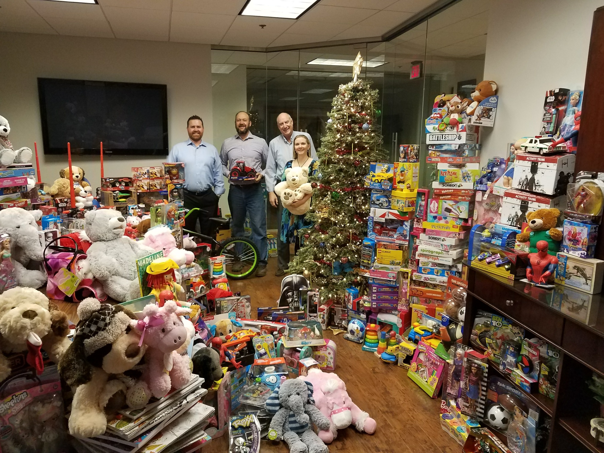 2 Toys For Tots : Donations make toys for tots possible arizona news