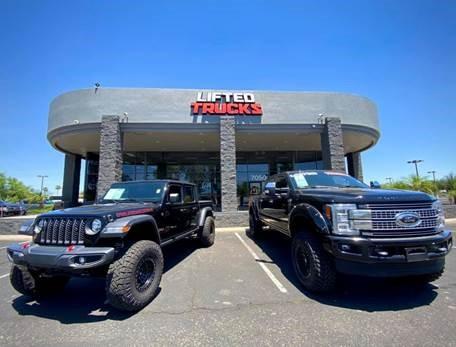 Lifted Trucks-6587b3d1