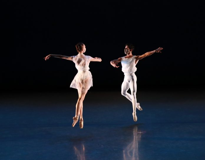 Ballet Arizona dancers Katherine Loxtercamp and Serafin Castro in 'Goldb...-2999084b
