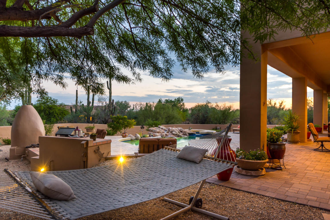 Stunning home in scottsdale with a perfect backyard for - Bell gardens high school school loop ...